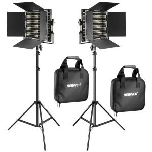 Light and Stand Kit Includes